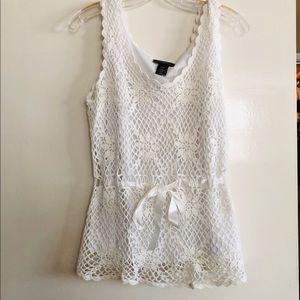 White lace sleeveless crochet top.